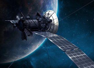satelit-v-kosmosa